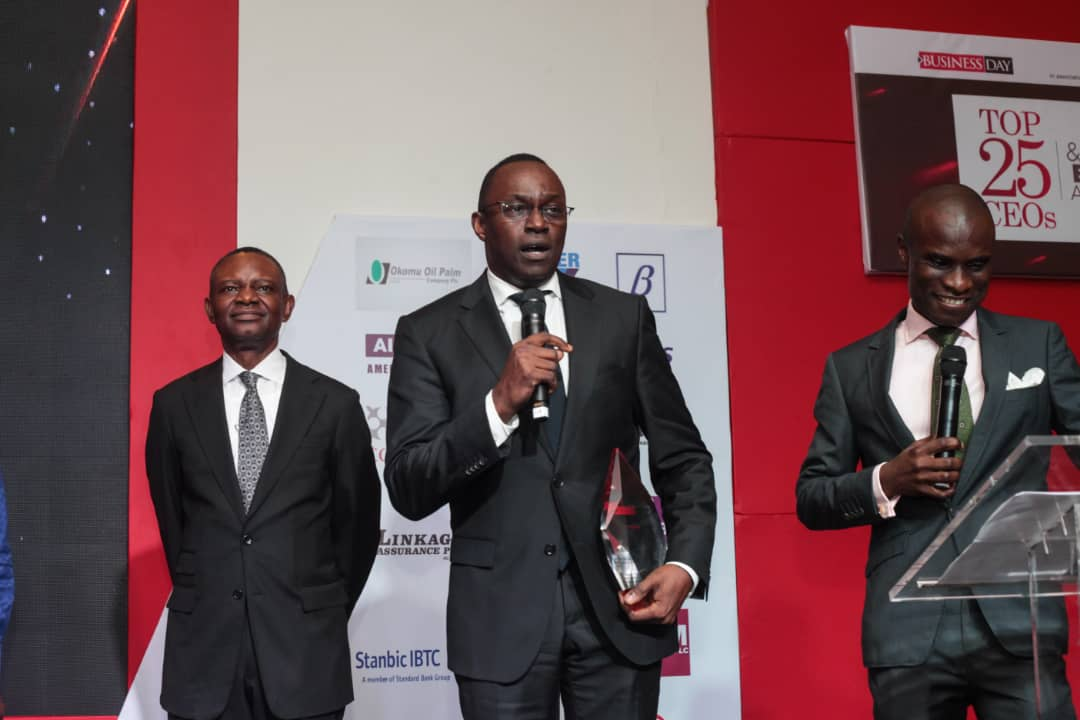 Mr. Wole Oshin, MD Custodian Investment Plc giving a speech after receiving the Top 25 CEOs Award